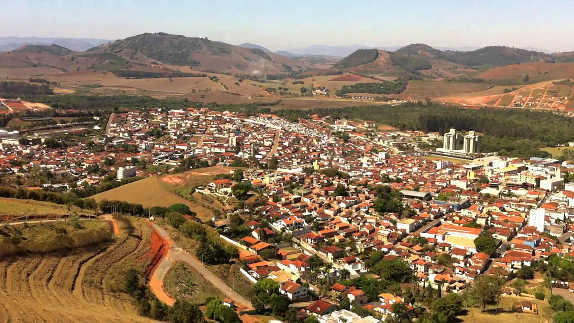 Como Santa Rita do Sapucaí está gerando novos empregos?