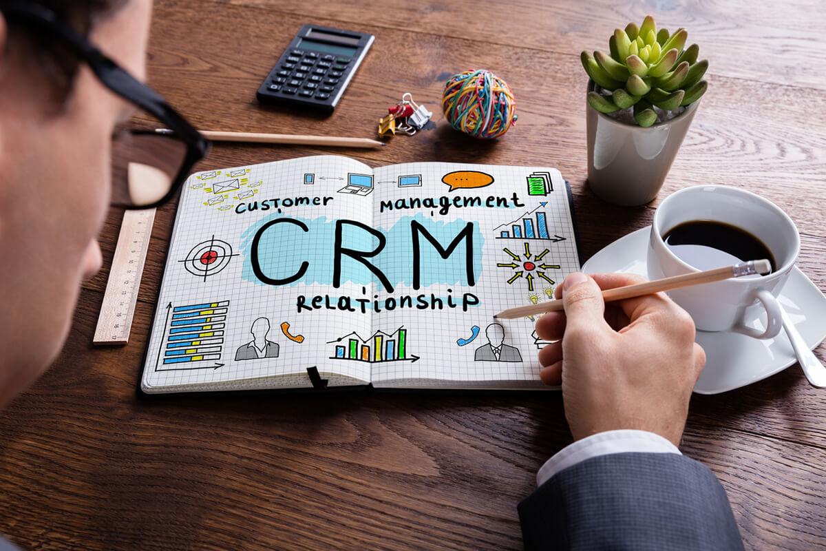 O que é e por que você deve ter um CRM