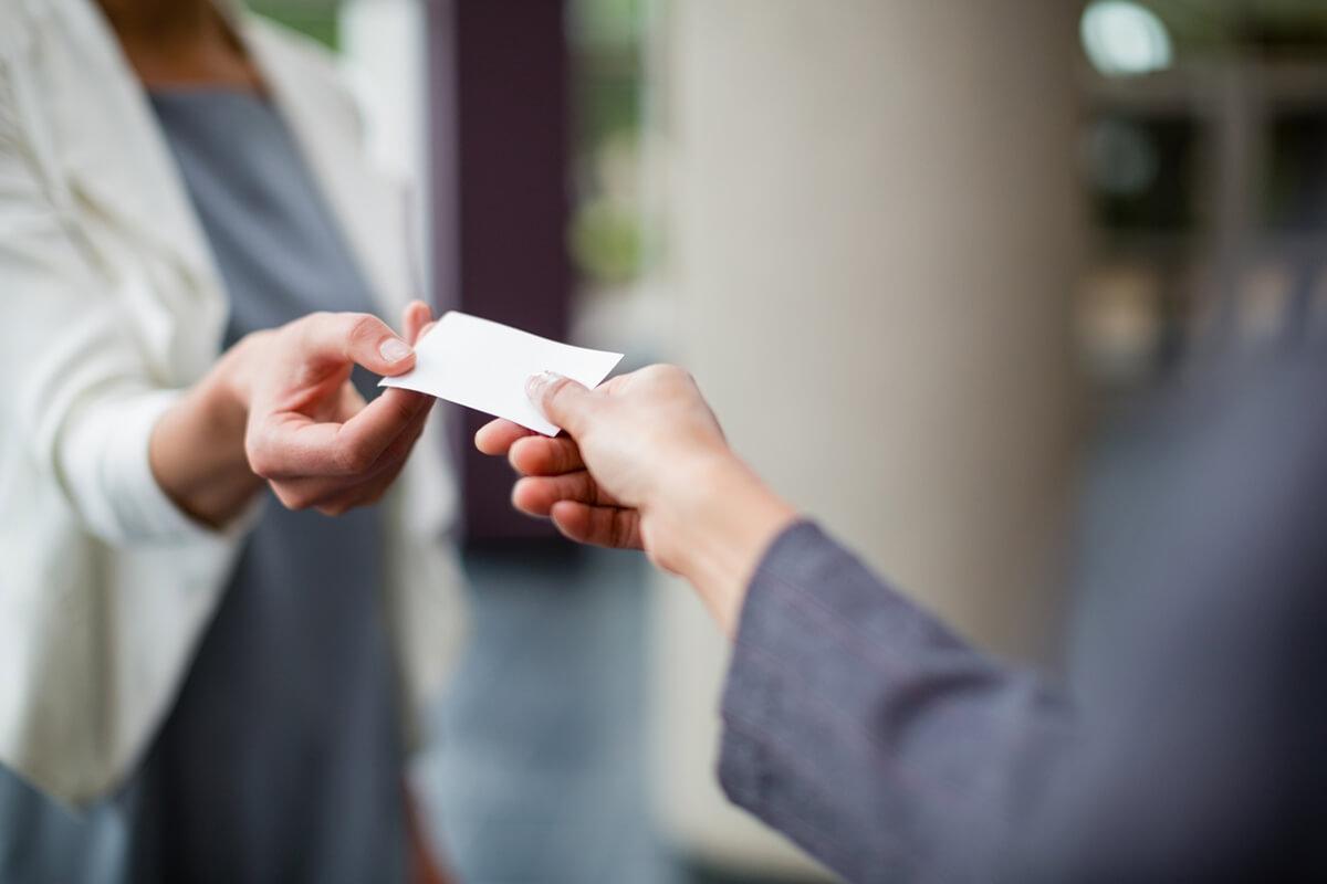 A importância dos cartões de visita: cause uma boa impressão
